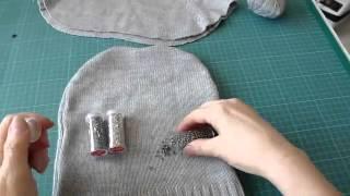 видео Девчата - Шьем теплую повязку на голову из старого свитера (подробный фото-урок)