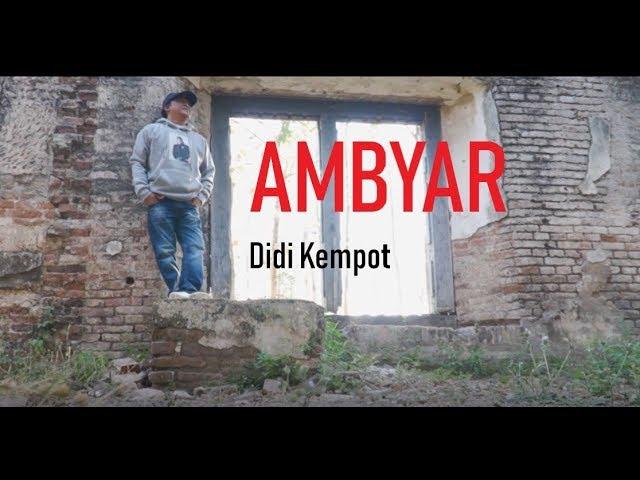 Lirik Lagu Ambyar Didi Kempot Dilengkapi Terjemahan Bahasa