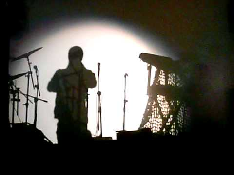 2007: Michael Franti: Lumiere Style