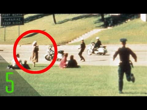 5 Most Mysterious Photos of Unidentified People