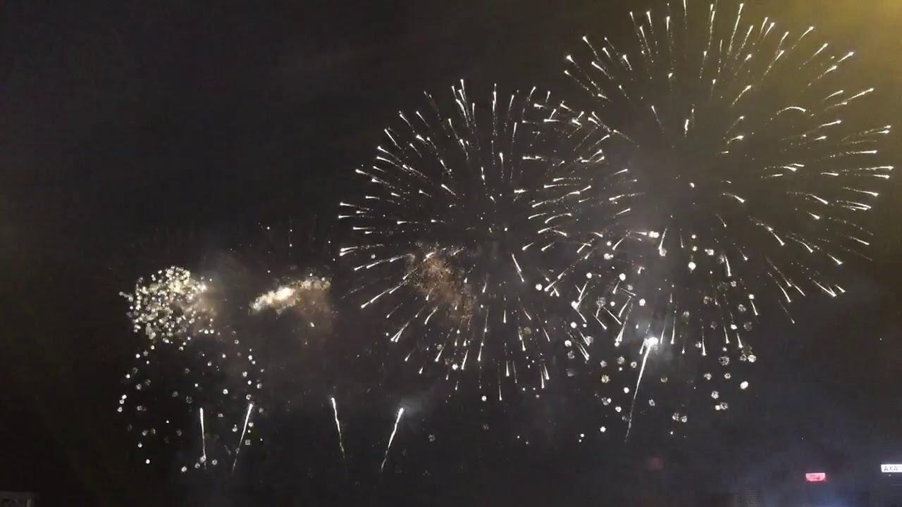 2019年 年初二 香港煙花(煙火)滙演 - YouTube