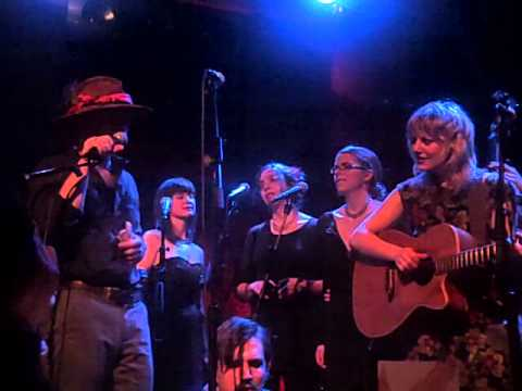 NYC sings Hadestown: Hey Little Songbird, Gone I'm Gone, Chips Are Down mp3