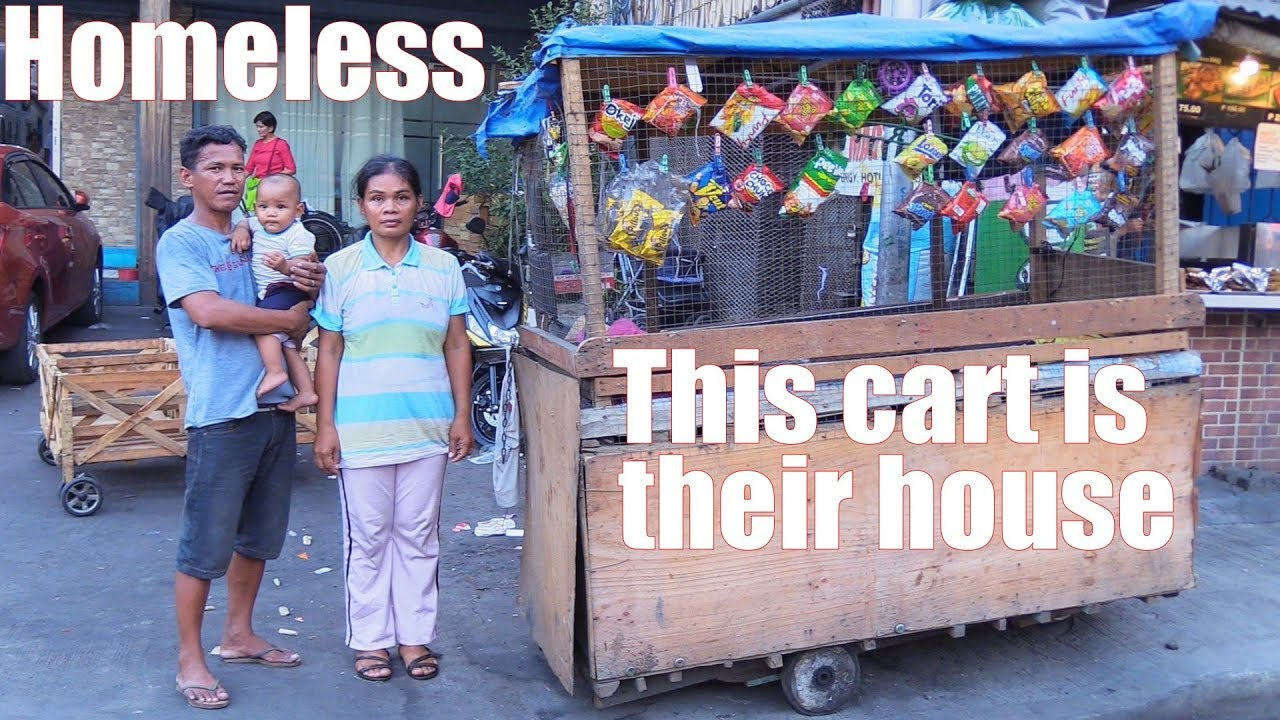 Travel to Manila Philippines and Meet This Homeless Family Who Sleep in a Wooden Shanty Cart. PINOY