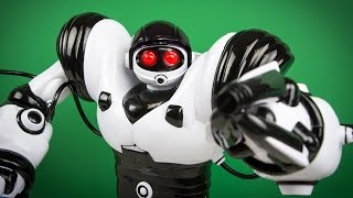Robosapien X Review by Kinder Playtime