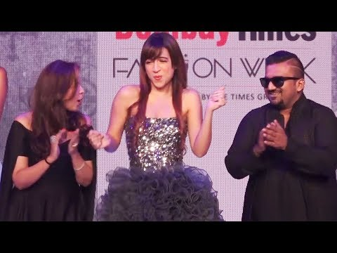 Benafshaa gets TROLLED for not listening to designers on RAMP WALK