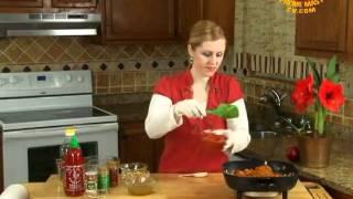 Thankfully Vegan:pumpkin Chili With Cornbread Muffins And Pomegranate Walnut Salad-1