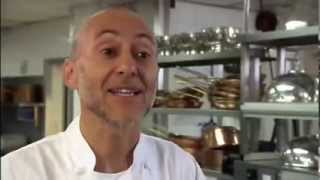 michel roux jnr oeuf poch meurette poached egg in a red wine sauce