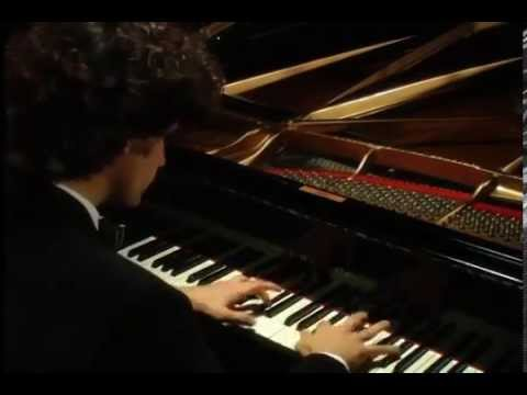 Beethoven Moonlight Sonata - Presto - Rogerio Tutti