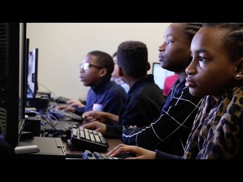 Blue Hens Organize 'Hour Of Code' For Underrepresented Students