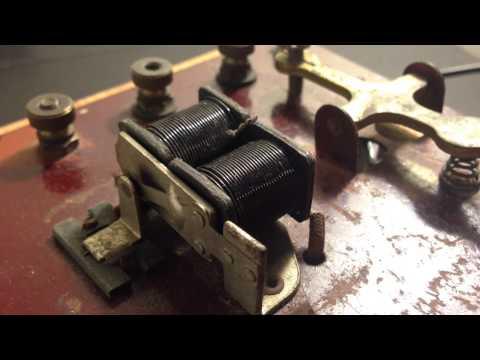 Arduino Yun + Morse Code Machine (wireless key and sounder)