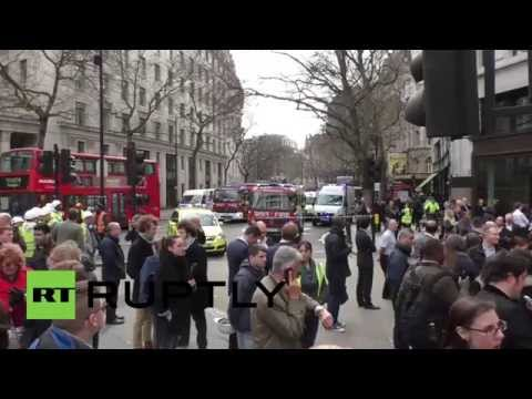 UK: Thousands evacuated in Central London fire