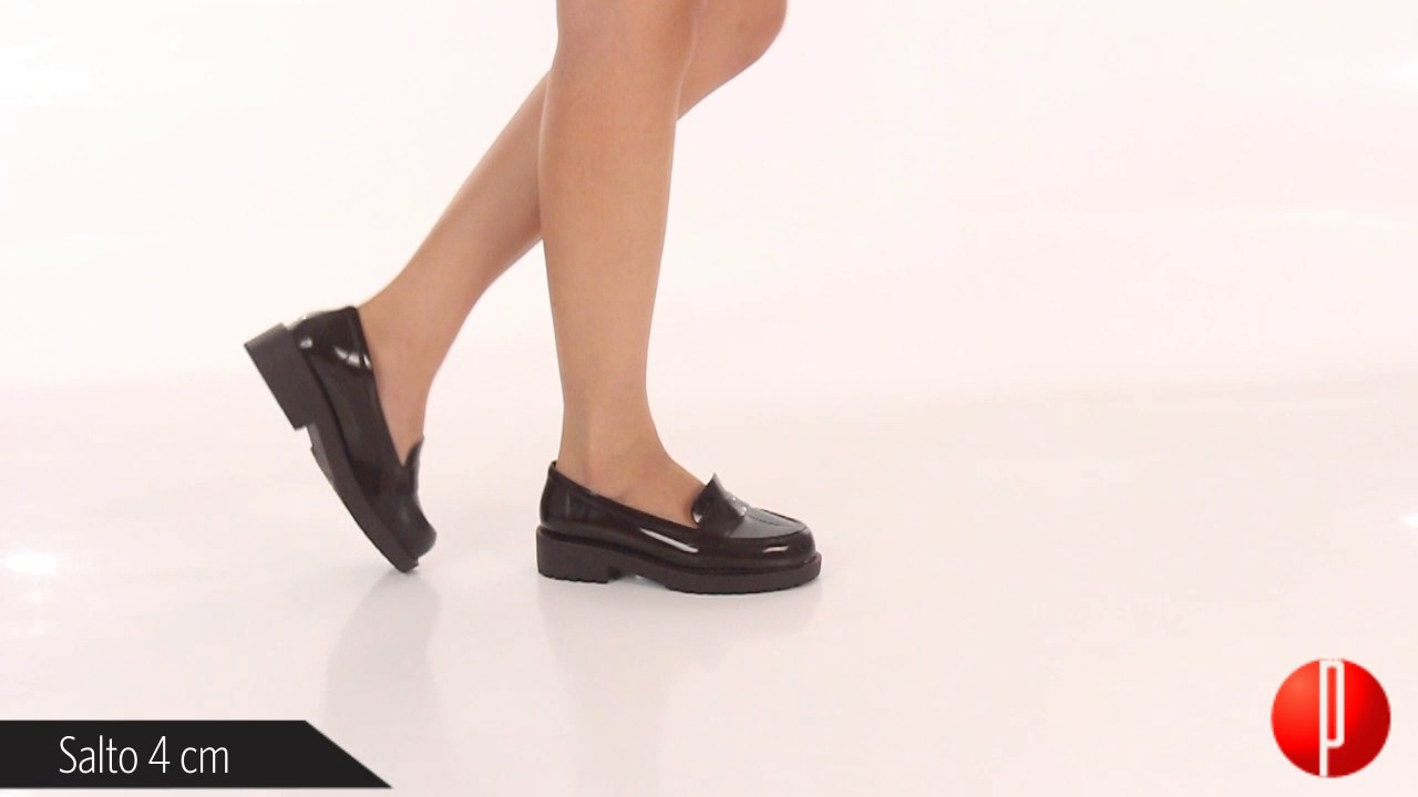 7936dcf622 Sapato Mocassim Feminino Zaxy Date - 6060390817 - YouTube