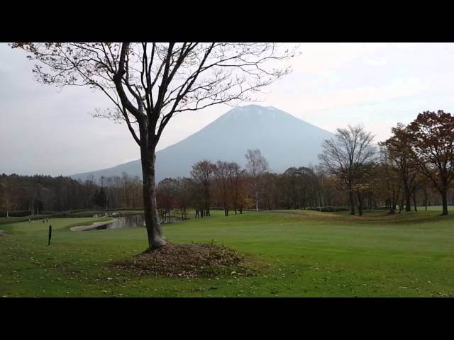 [Niseko Village Golf Course] beautiful Mt.Yotei and Island Green course