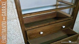 Revisión de cajonera de alacena. Box of drawers