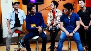 Download Video Kocak, Gaya Bercanda Personil Noah Saat Berkumpul Bersama | Ariel Noah MP3 3GP MP4