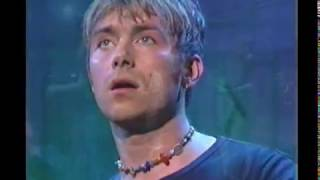 Blur - Song 2 live - Late Night 1997 (great sound/video)