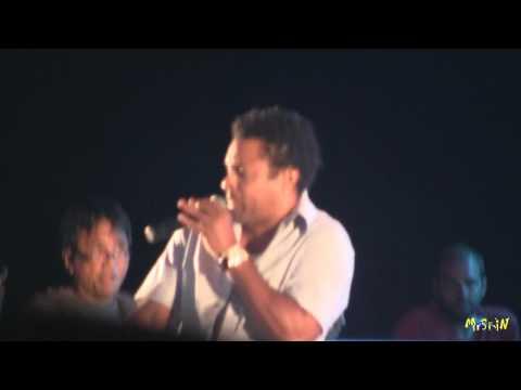 [3/*] Shaggy - Bonafide Girl - Live @ Sicily Music Village 2011