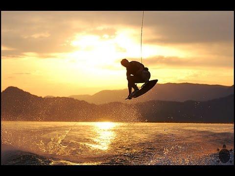 Amazing Wakeboarding Stunt Compilation!