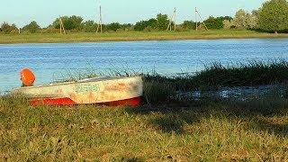 Рыбалка в Астрахани с лодки Ловля сазана сомят и другой разной рыбы