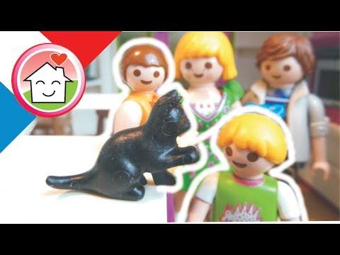 Playmobil en francais La famille Hauser recoit un chat - La Famille Hauser - film pour enfants