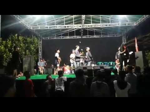 Sewu Kuto cover SesvaniaSka ,reggae 55 Sidomukti ..,,