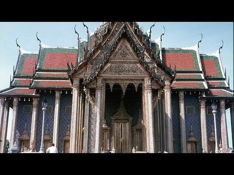 Visiting Wat Pho | Bangkok Travel