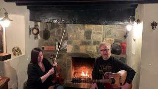 """Flogging Molly - """"The Guns of Jericho"""" and """"Selfish Man"""" (Dave & Bridget Fireside Sessions)"""