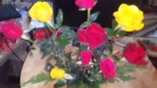 cách cắm hoa hồng 10 bông bằng xốp.