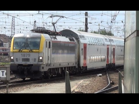 HLE 1879 + M6 komt aan op Station Brussel Zuid