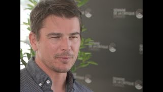 """Josh hartnett discusses turning down """"batman begins"""" and why he loves working with first-time directors. (june 16)subscribe for more breaking news: http://sm..."""