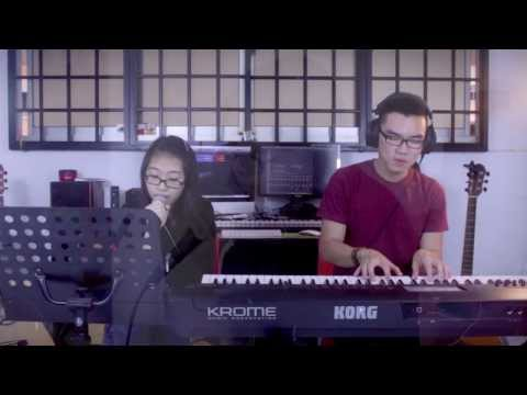 Fix You (Coldplay) - Sarah (Acoustic Live Cover)