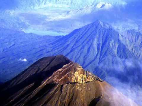 Gunung Paling Angker di Indonesia Beserta Mitosnya yang Bikin Heboh Dunia Maya  YouTube