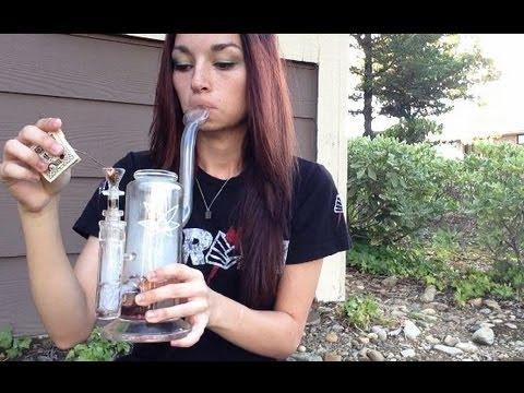 Smoking Surrounded By Pot Plantsиз YouTube · Длительность: 13 мин5 с