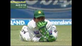 Shoaib Akhtar PISSED OFF with Kamran Akmal for dropping an easy catch