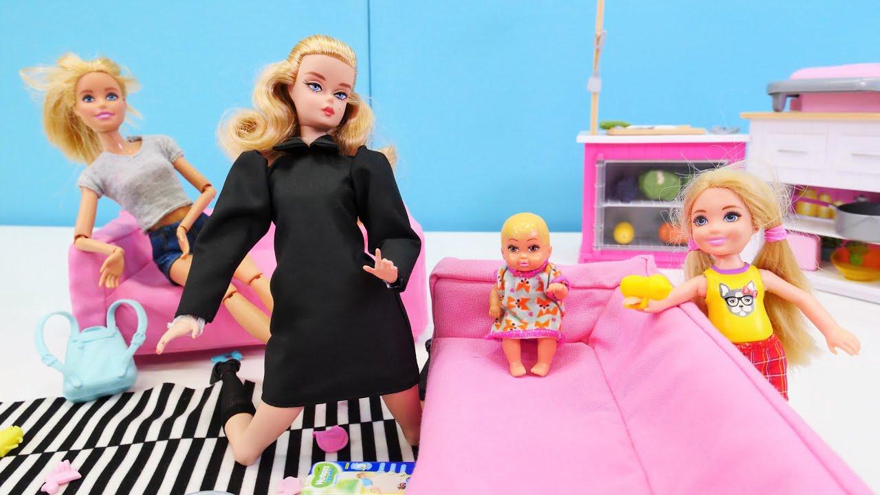 Barbie contrata a una niñera de Alemania. Como mamá. Vídeos para niñas pequeñas