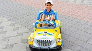 ДЕТСКИЕ МАШИНКИ НА РАДИОУПРАВЛЕНИИ или мой первый маленький электромобиль ,поехали кататься !!!))(ДЕТСКИЕ МАШИНКИ НА РАДИОУПРАВЛЕНИИ или мой первый маленький электромобиль ,поехали кататься !!!)))
