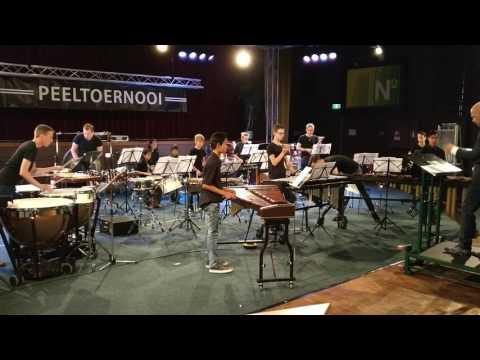 Walk like an egyptian, Liam Sternberg - percussion group KHD