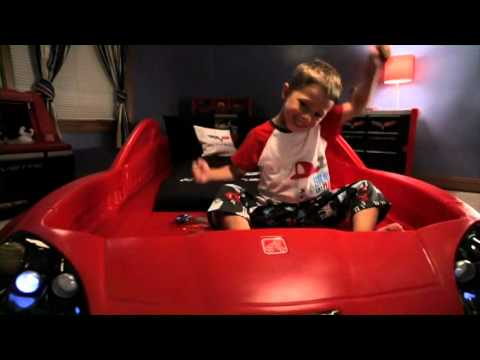 Step2 CorvetteR Toddler To Twin Bed With LightsTM