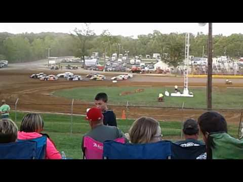 Indiana Saturday night dirt trackin @ Lincoln Park Speedway putnamville Indiana 6/24/17(3)