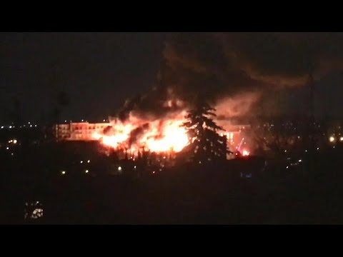 Massive fire breaks out at construction site in Streetsville