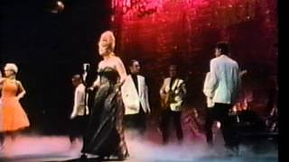 Mari Wilson - Beware Boyfriend (Music Video, 1983)