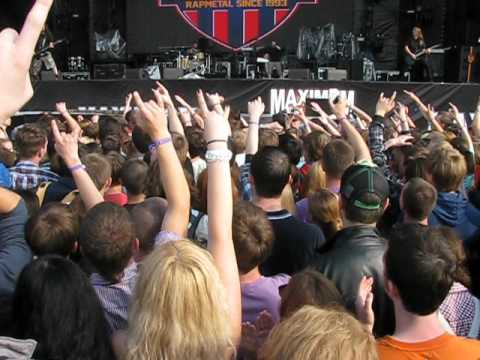Clawfinger. Zak Tell in the crowd 2