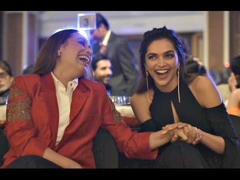 Deepika Padukone Cute Moments With Rani Mukherjee HT Most Stylish Awards 2017