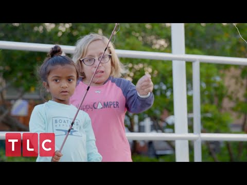 Jen And Bill Teach The Kids How To Fish! | The Little Couple