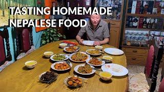 Tasting Homemade Nepalese F๐od In Kathmandu