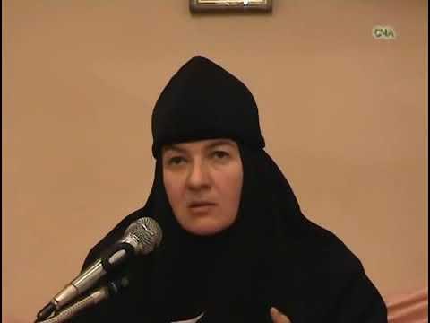 Как в семье жене строить отношения с мужем - монахиня Нина Крыгина