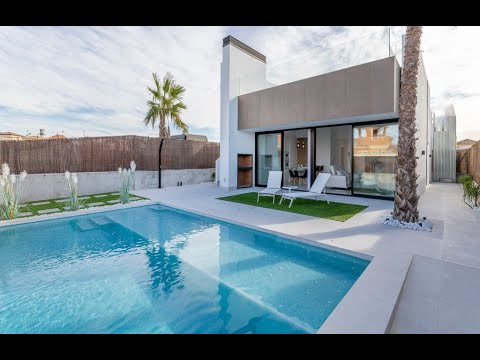 Modern villa on one level with private pool in Sucina