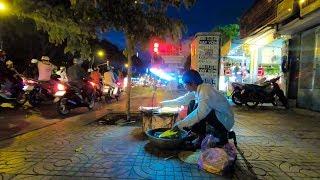 Cụ Ông Gần 70 tuổi bán bánh tráng đêm trên vỉa hè nuôi cháu nội ở Sài Gòn