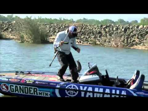 Dean Rojas off to a quick start BASS Live www.bassmaster.com