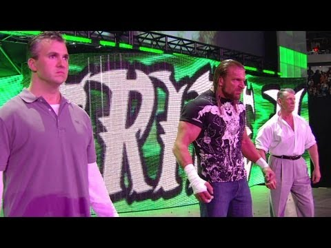 Thumbnail: Triple H and the McMahons attack Legacy: Raw, March 30, 2009